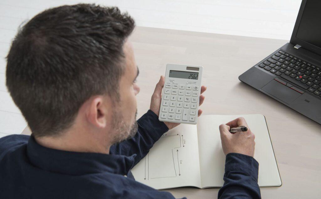 Dokładne szacowanie kosztów projektu i sporządzanie wyceny
